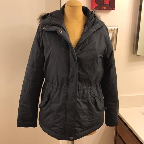 Columbia Jackets & Blazers - 💥Columbia💥 Fleece lined Parka jacket fur hood